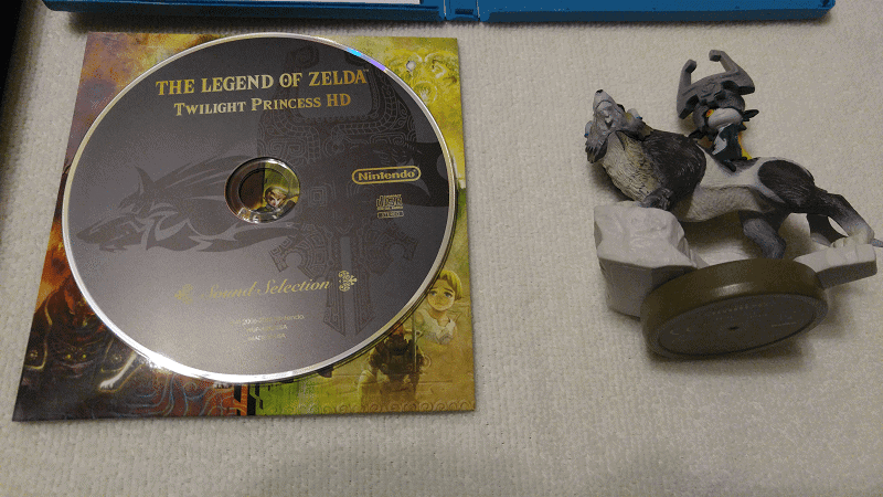 WiiU: The Legend of Zelda Twilight Princess Bundle unboxing